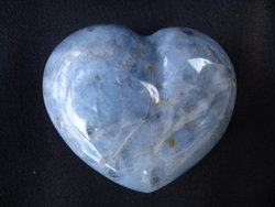 Blue Quartz Heart 90g