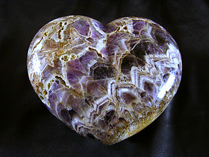 Banded Amethyst Hearts Large 7-8 inch - 2pcs