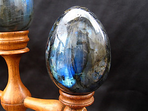 Labradorite Egg - 60 mm