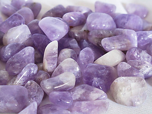 Amethyst Tumbled Stones Small (under 30mm) - 5LBS