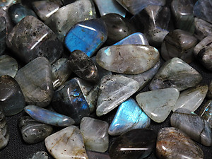 Labradorite Peacock Blue Tumbled Stones Small (18-25mm) - 5LBS