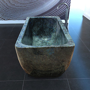 Peacock Blue Labradorite Solid Bathtub