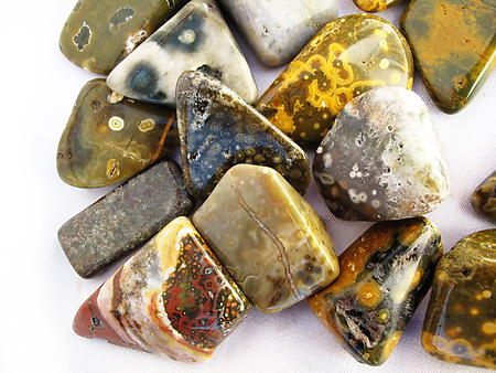 Sea Jasper Tumbled Stones Small (18-25mm) - 1LB