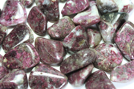 Ruby Tourmaline Tumbled Stones - Medium (20-30mm) - 1LB