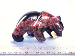 Rhodonite Bear Eating Fish - 10pcs